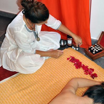 masaje-holistico-tipos-de-masaje-h400