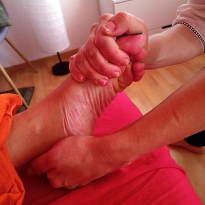 tipos-de-reflexologia-pies-h400