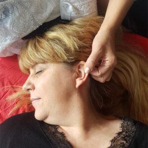 tipos-de-reflexologia-en-la-orejas-h400